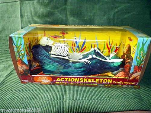Aquarium action skeleton ornament