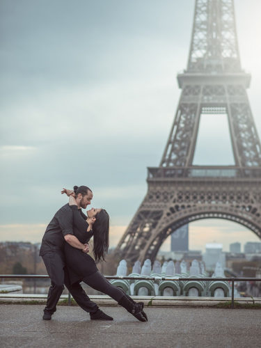 Eiffel Tower dancing paris